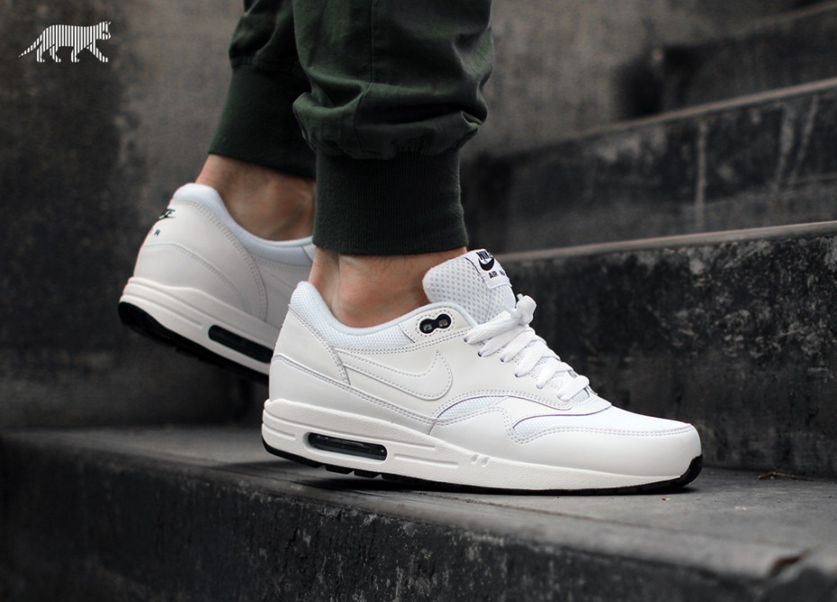 Cheap Nike Air Max 1 Ultra Flyknit White Black Black junior Office