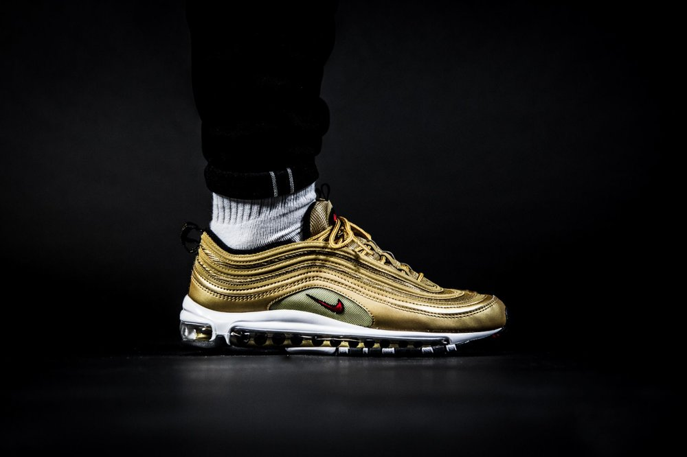 nike air max 97 gold metallic