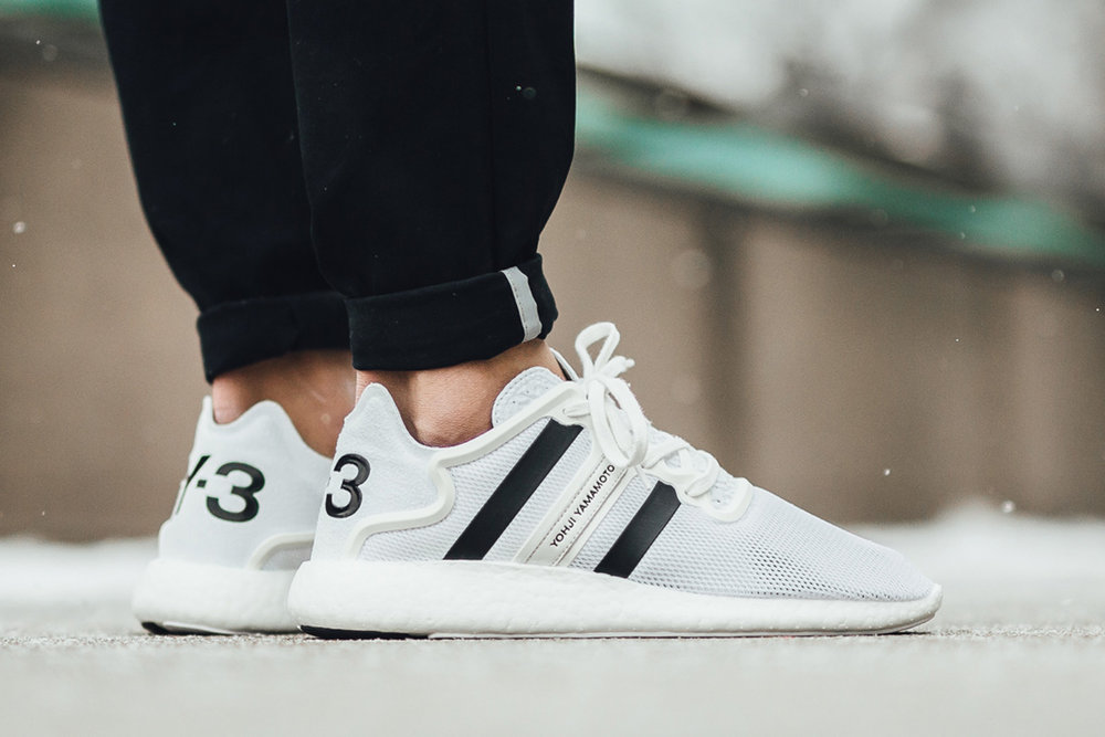 reputable site 3c563 e9ec9 adidas Y-3 Yohji Run Boost