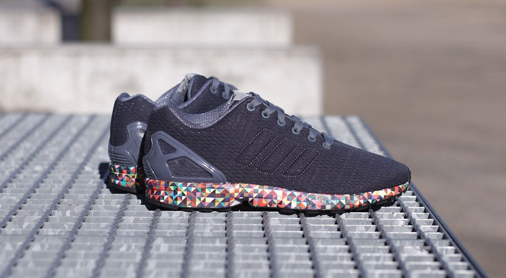 d8be314a6  67 OFF the adidas ZX Flux