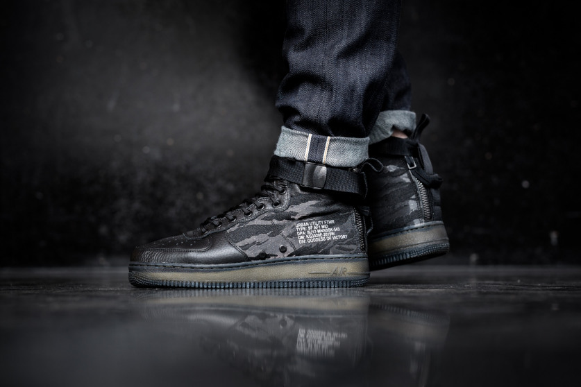 wholesale dealer bbebb d847a Now Available  Nike Air Force 1 Mid SF QS