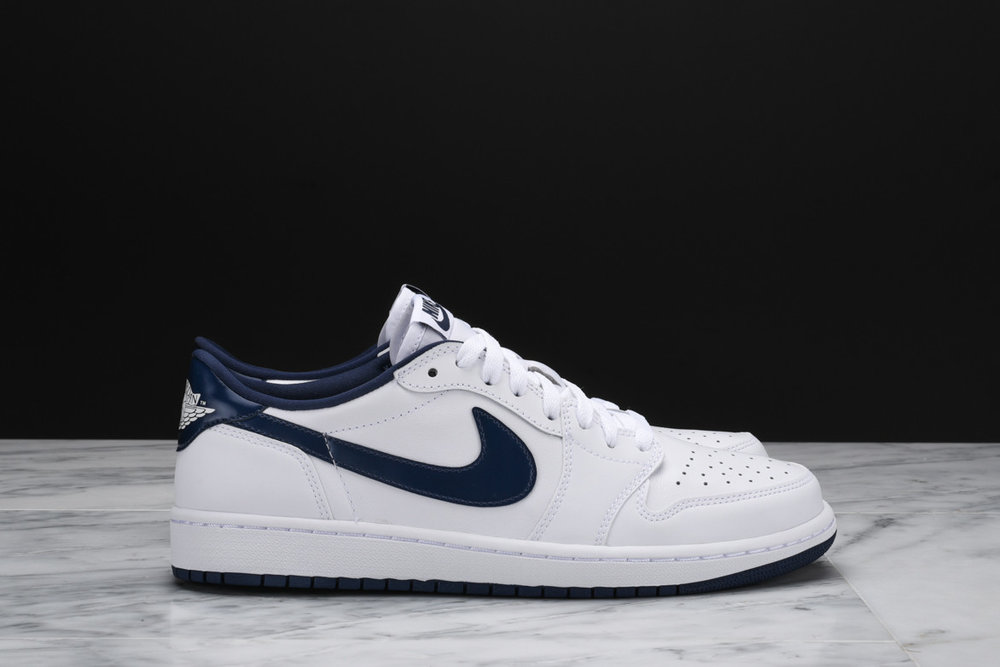 newest a0c90 d9d2e Air Jordan 1 Retro Low OG
