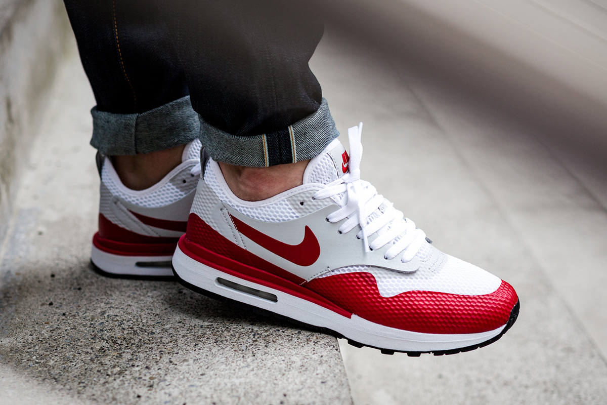 Now Available: Nike Air Max 1 Royal SE