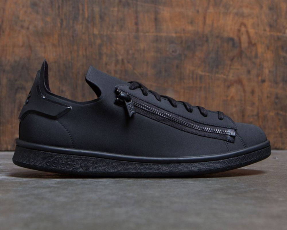 e644f160e Now Available  adidas Y-3 Stan Smith Zipped
