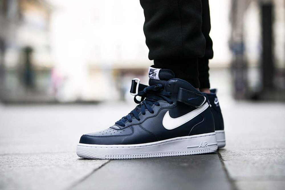 best website a4559 f03c8 Nike Air Force 1 Mid