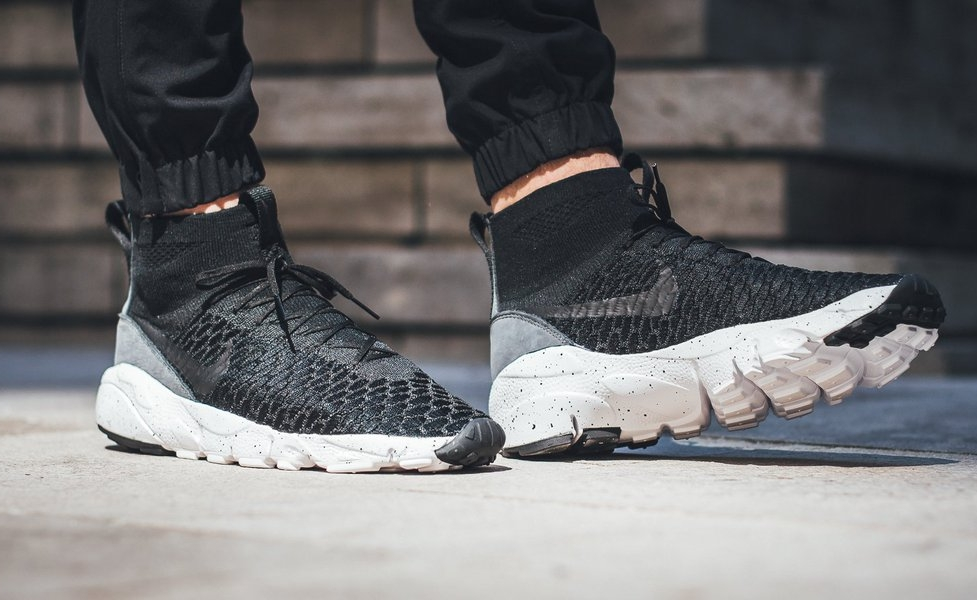 324fe8e5bb45d Nike Air Footscape Magista Flyknit