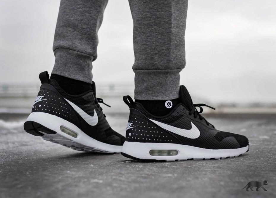 Nike Air Tavas \