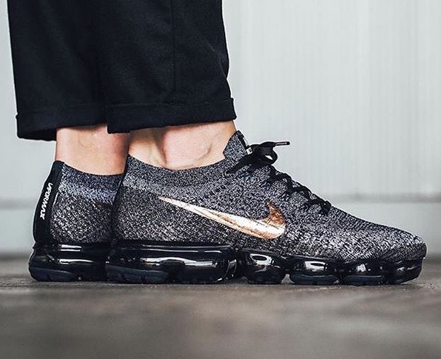 10d5bf37a9 Now Available: Nike Air VaporMax Flyknit