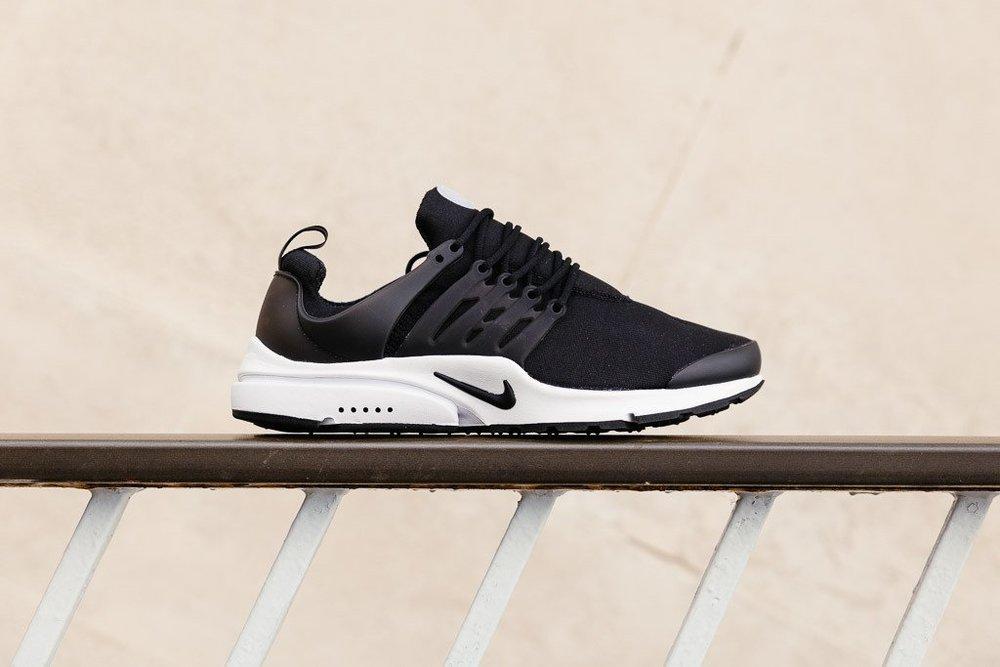 Nike Air Presto ES