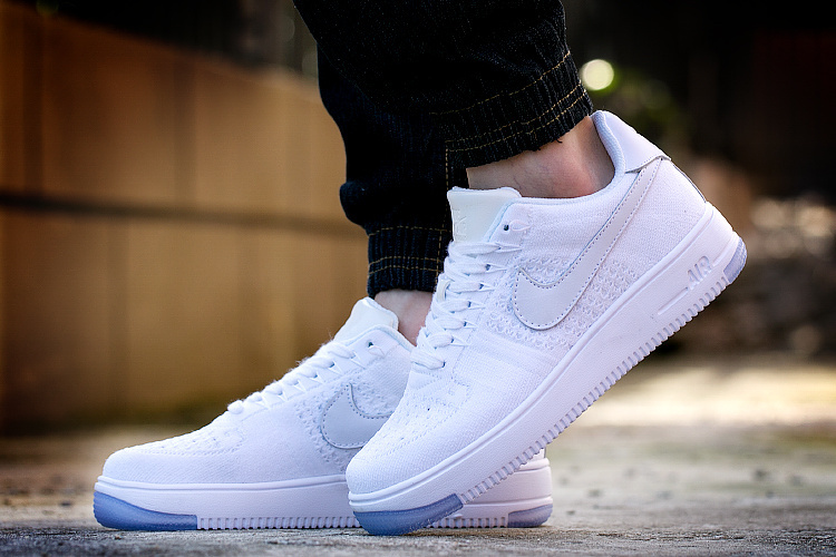... White - 817 Nike Air Force 1 Low Flyknit ... dc60c7cdbc