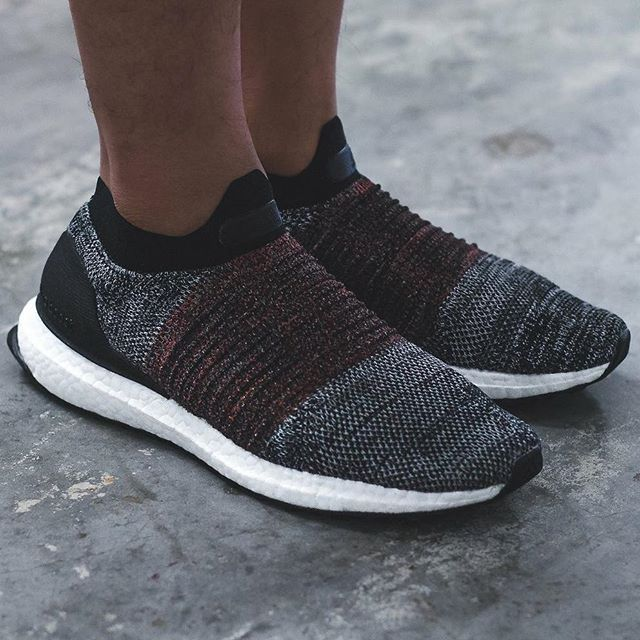 innovative design b95cf 86b7c Now Available: adidas Ultra Boost Laceless