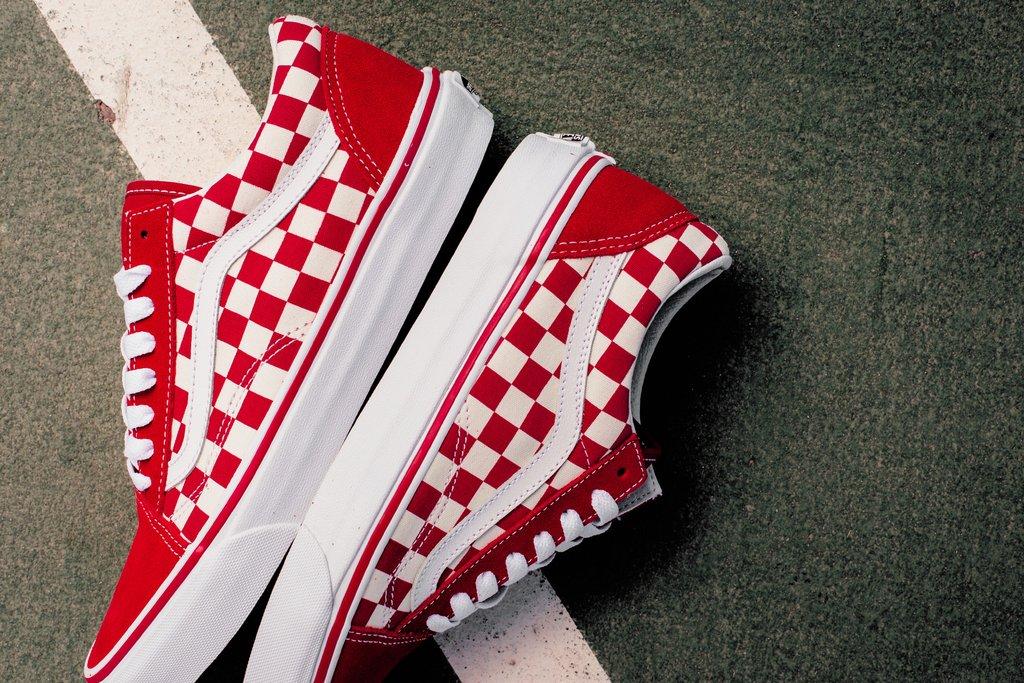 Restock Vans Old Skool Checkerboard Red Sneaker Shouts