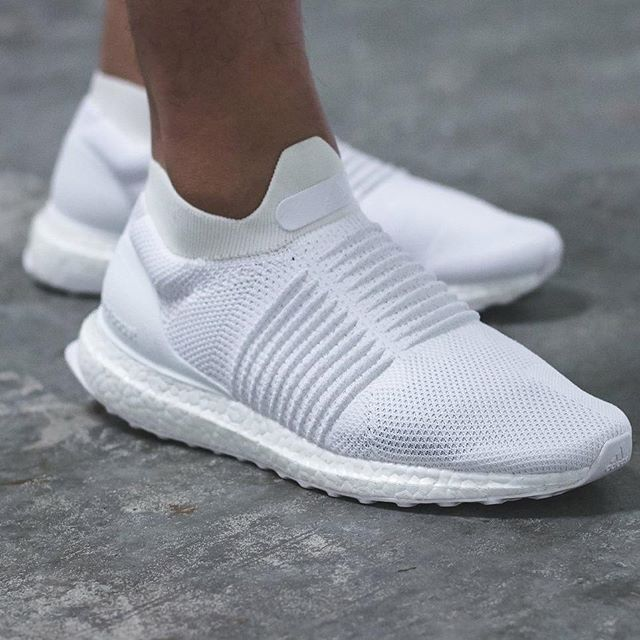 fa69ca51a On Sale  adidas Ultra Boost Laceless