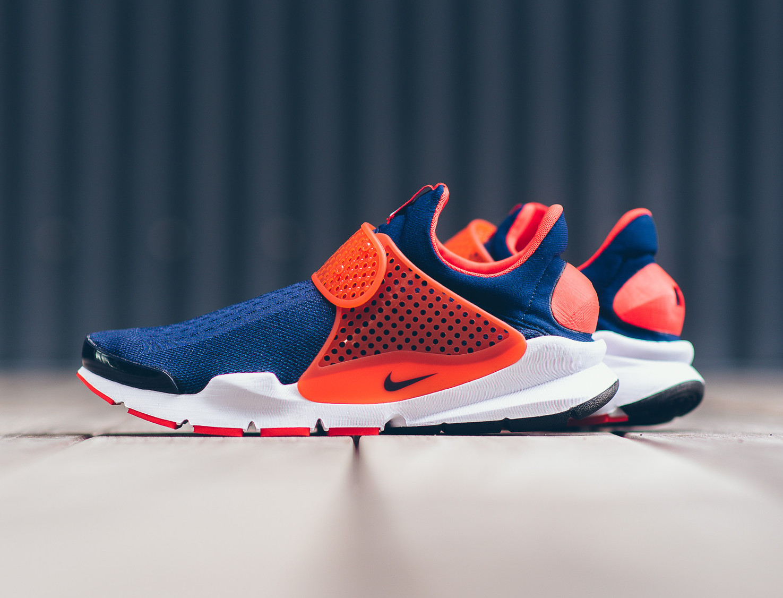 finest selection e1e5b 92200 Nike Sock Dart