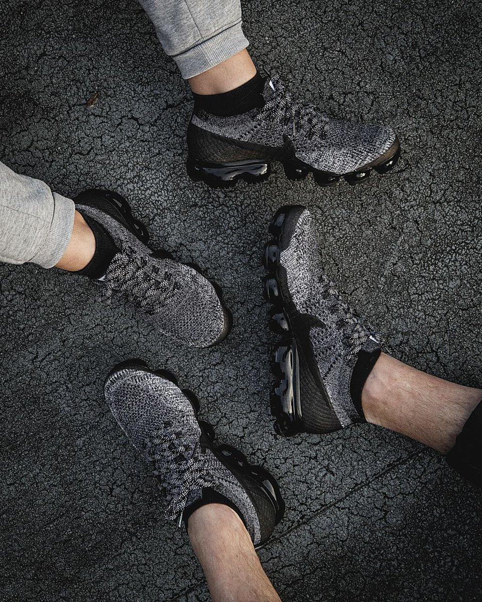 on sale 85095 82aea Now Available: Nike Air VaporMax Flyknit