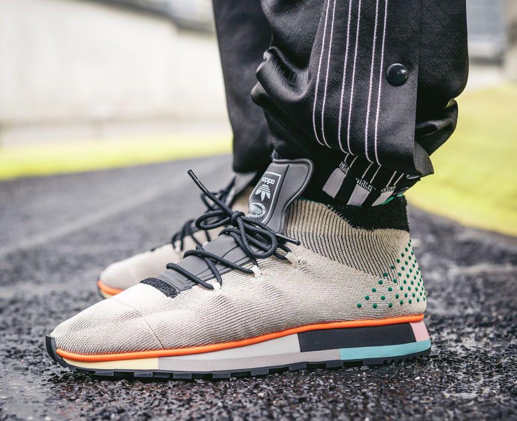 huge discount 7f181 26c0e Alexander Wang x adidas Run Mid