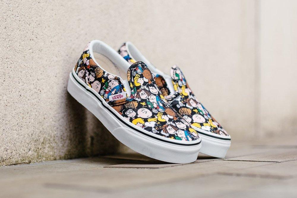 0364a0850ec92f Peanuts x Vans Slip On