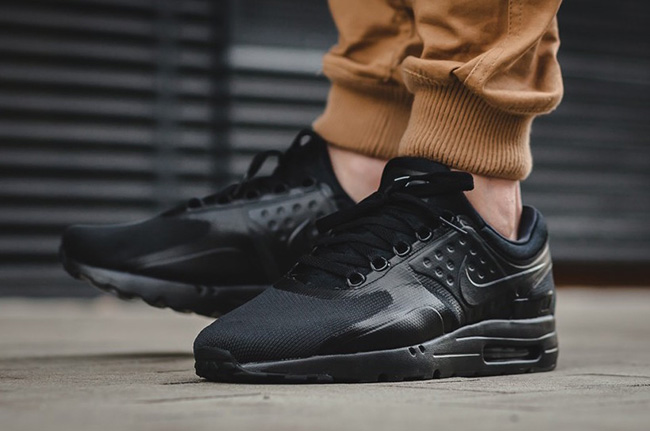 info for 4aab6 3b142 nike-air-max-zero-essential-triple-black-2.