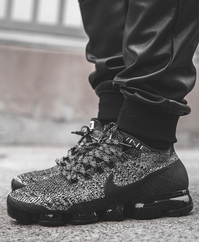 new product 8c1fd d3844 Nike Air VaporMax Flyknit