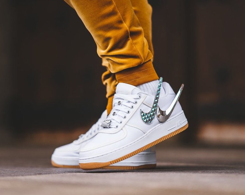 the latest 83a81 b3e9a Now Available  Travis Scott x Nike Air Force 1 Low — Sneaker Shouts