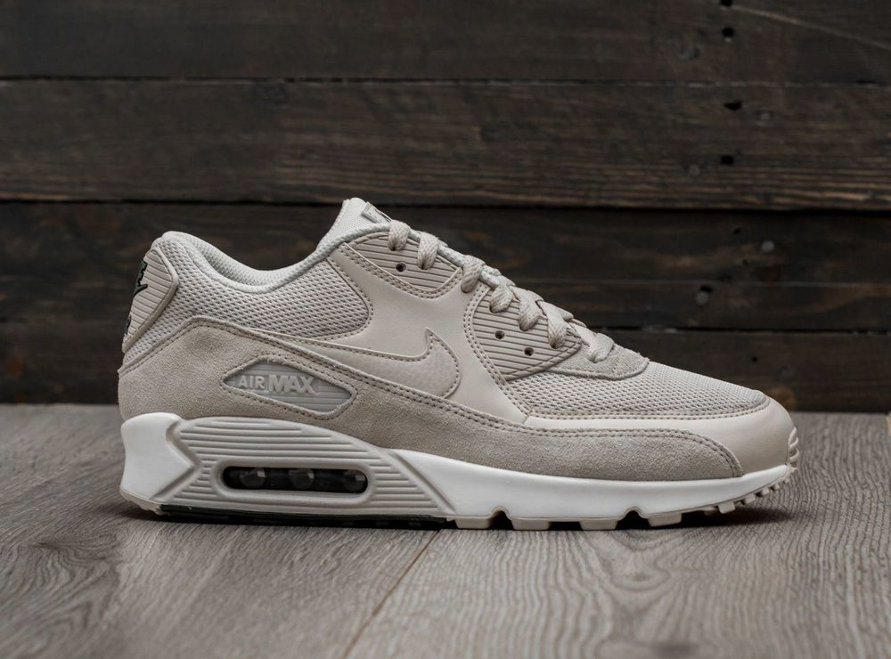 On Sale  Nike Air Max 90