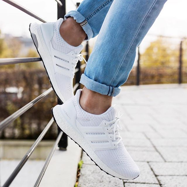 Women's Adidas Ultra Boost 4.0 'Triple White' | BB6308