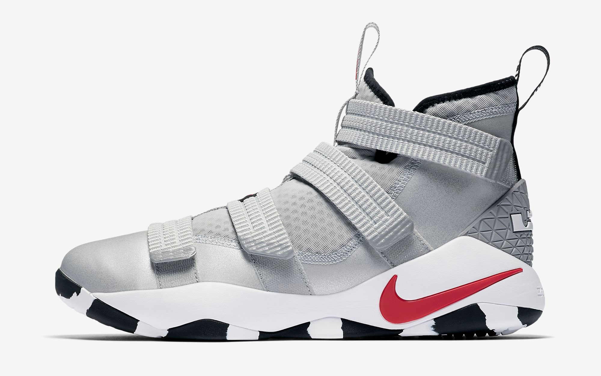 c8f2e57989cb7 ... on sale nike lebron soldier xi sfg metallic silver