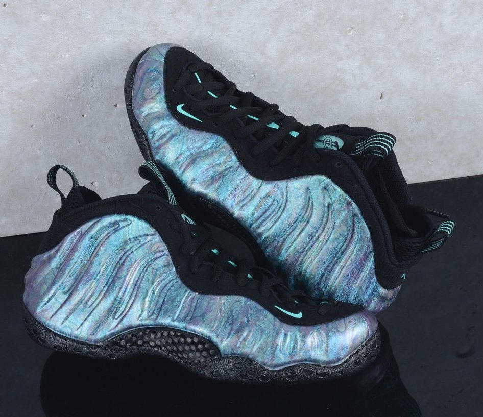 d697134f4bbd3 Now Available  Nike Air Foamposite One Premiun