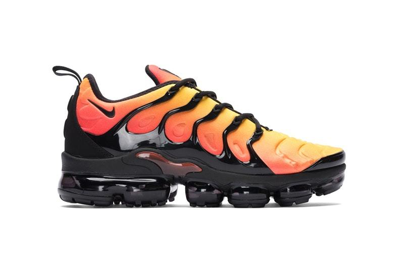 size 40 a4d64 75f3f Now Available: Nike Air VaporMax Plus