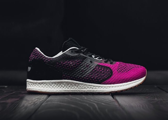 52cd702402f44 Now Available  Solebox x Saucony Shadow 5000 EVR