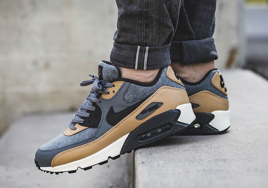 On Sale: Nike Air Max 90 Premium