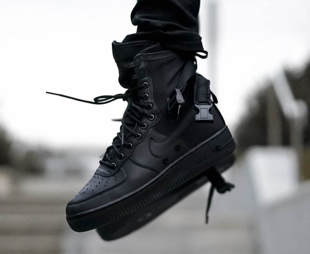 On Sale  Nike SF Air Force 1