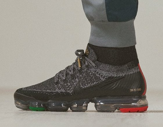 sports shoes 46f13 6a7d2 Now Available: Nike Air VaporMax Flyknit