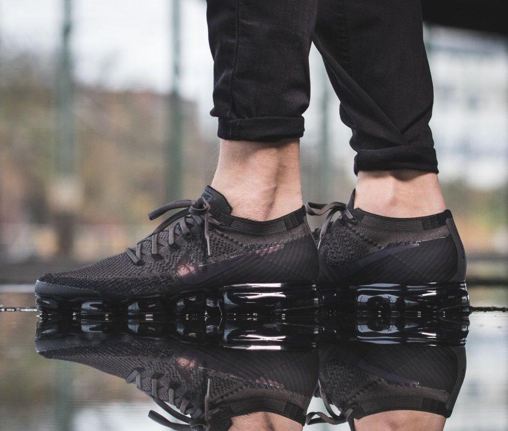 buy online d4801 15a94 On Fog Air Nike Flyknit Midnight Sale Vapormax sneaker ...