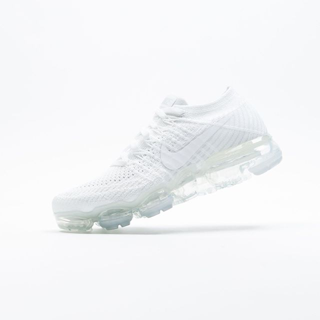 best sneakers 23137 7740d On Sale: Women's Nike Air VaporMax Flyknit