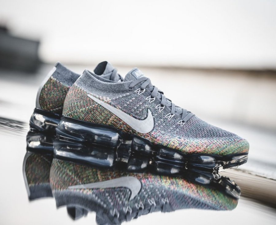 huge selection of 34972 ac946 Now Available: Nike Air VaporMax Flyknit