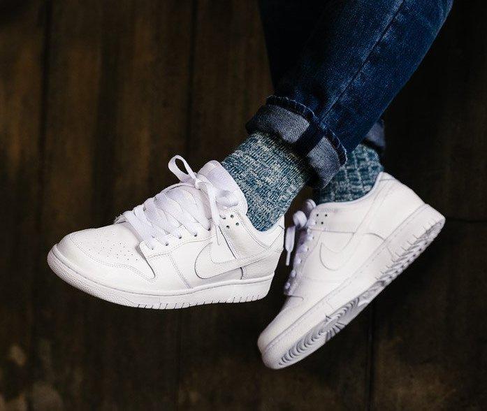 all white dunk