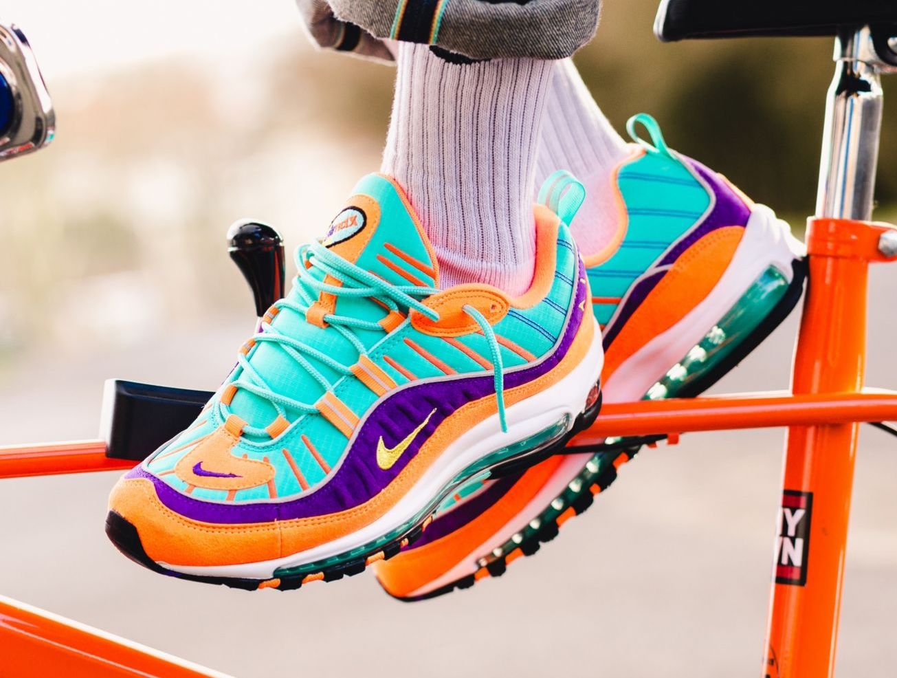 huge selection of e9e02 44972 Now Available: Nike Air Max 98 QS