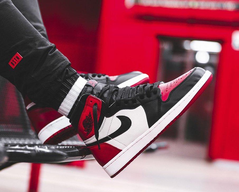 new style 274ba 3c9b2 Now Available: Air Jordan 1 High Retro OG