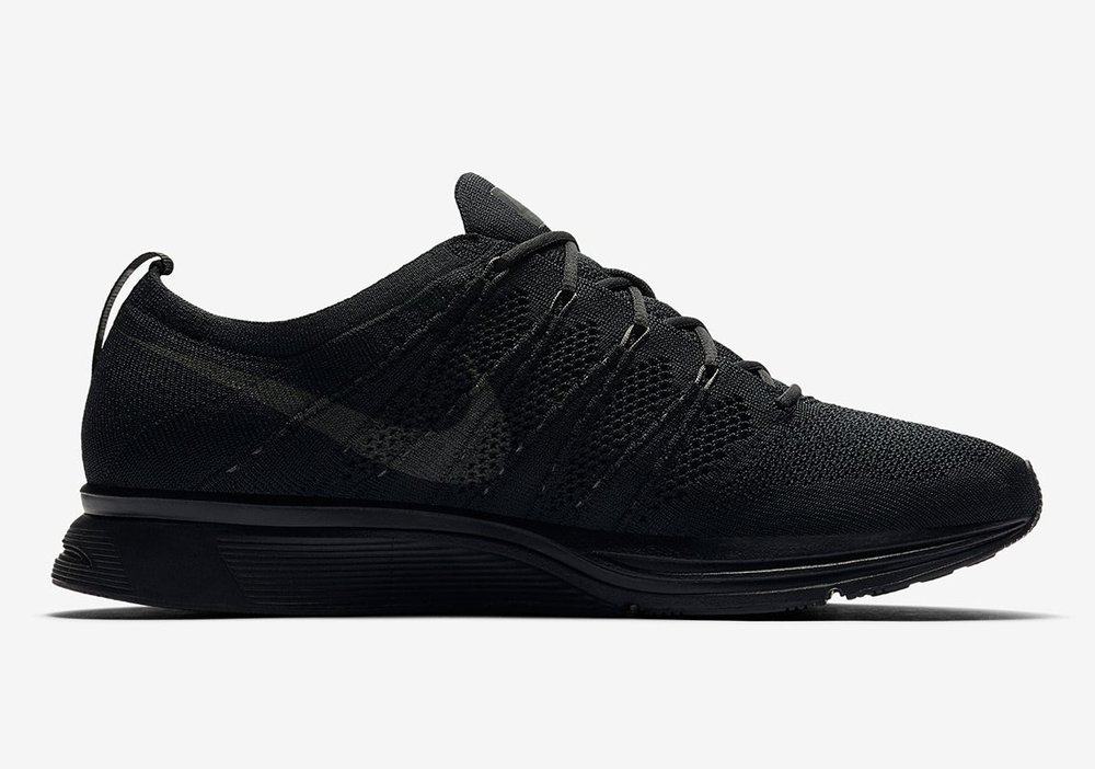 cfdcd811cbba Now Available  Nike Flyknit Trainer