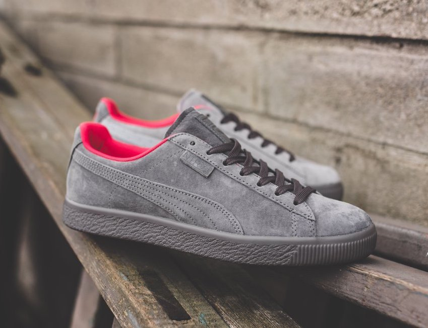 5a4a3dfca8e6 On Sale  Staple Pigeon x Puma Clyde