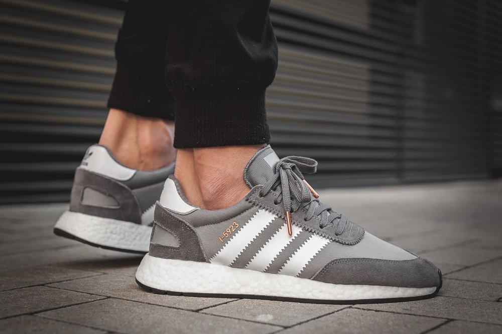 https://static1.squarespace.com/static/532313ece4b08487acaec7a2/t/5aa5732924a694a840c93b32/1520792364792/afew-store-sneaker-adidas-iniki-runner-vista-grey-s15-rwhite-coreblack-395.jpg