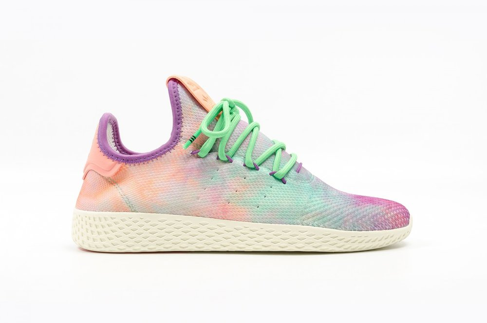 finest selection 30811 aaa50 pharrell-williams-x-adidas-tennis-hu-holi-festival-