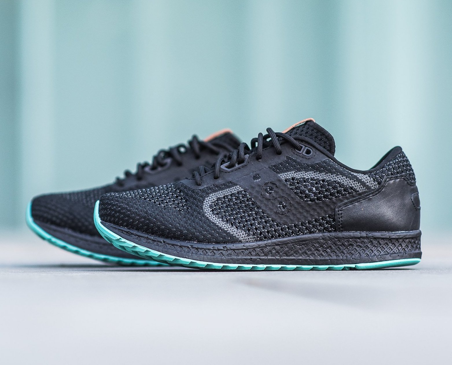 On Sale: Saucony Shadow 5000 EVR Knit