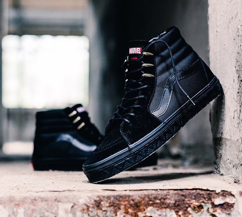 5550269354 On Sale  Marvel x Vans SK8-Hi