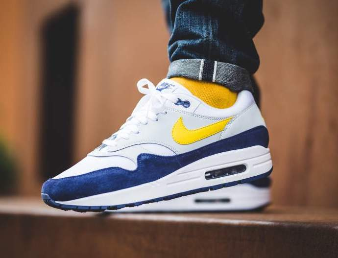 nike air max blue and yellow