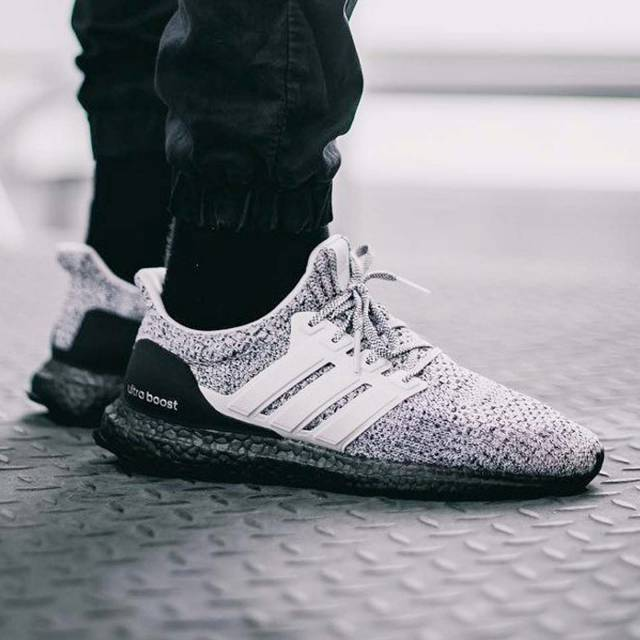 ADIDAS ULTRA BOOST 4.0 LIMITED ASH PEARL Women sneakers
