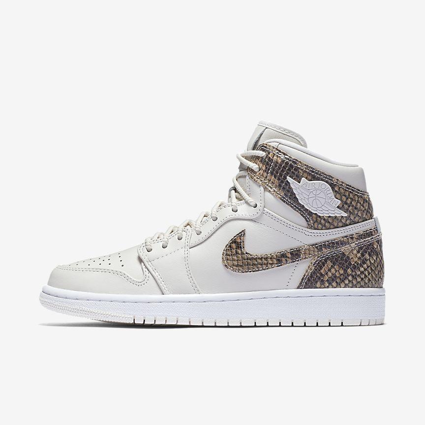 online retailer 62ca8 d8490 Now Available  Women s Air Jordan 1 High Retro