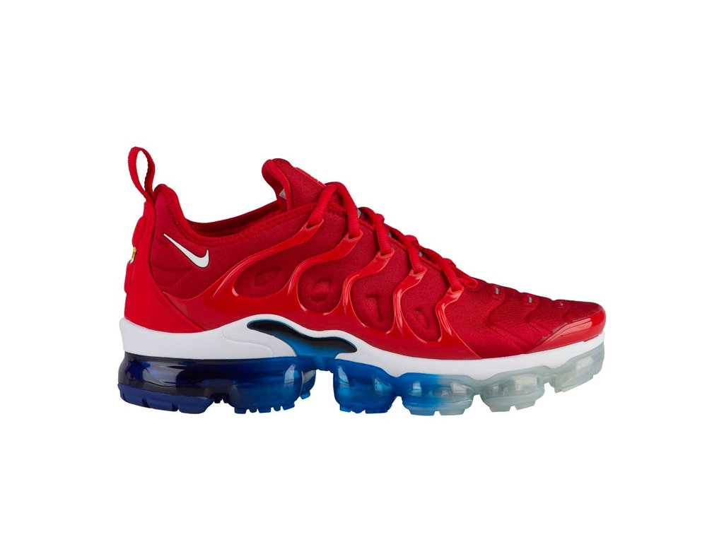 reputable site 147b0 543b6 Now Available: Nike Air VaporMax Plus