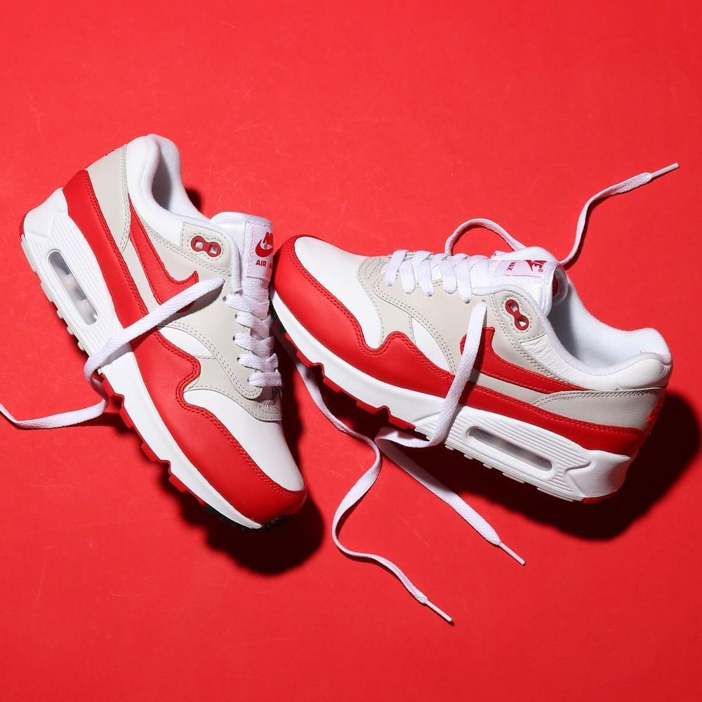 size 40 f381c b0f9e Now Available  Women s Nike Air Max 90 1